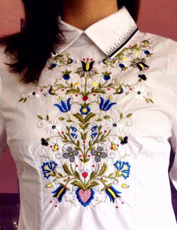 Camisa de algodon bordada super de tendencia