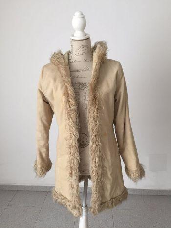 Abrigo de pana con peluche