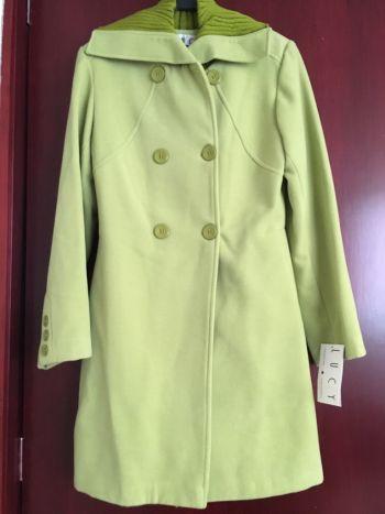 Abrigo nuevo Lucy