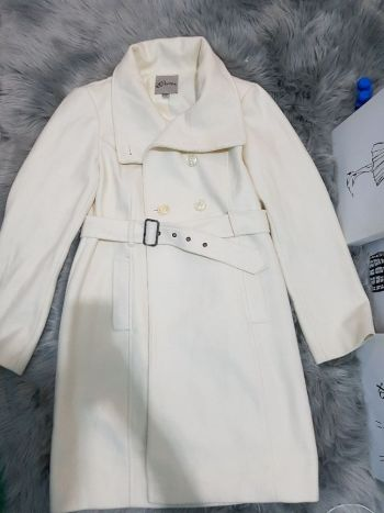 Abrigo color crema para invierno