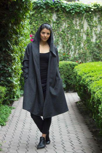 Abrigo de lana gris. Zara Women.