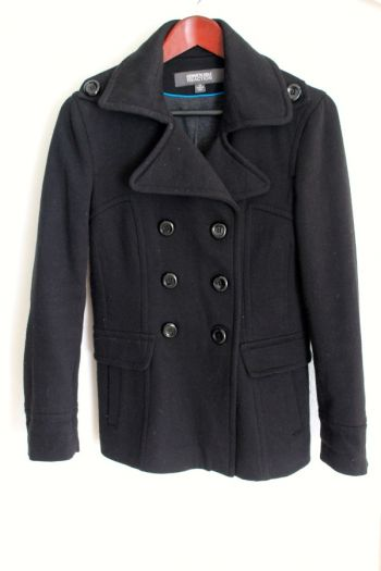 Abrigo negro Kenneth Cole