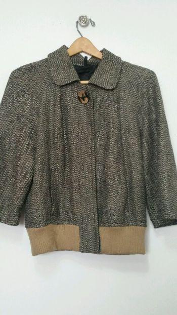 Abrigo vintage botón y detalles cuero