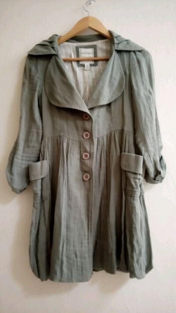abrigo ligero verde militar