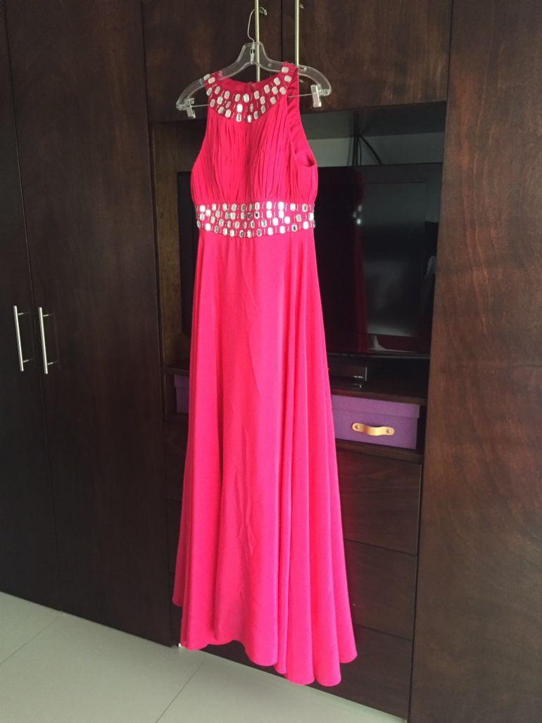 Vestido noche rosa de seda