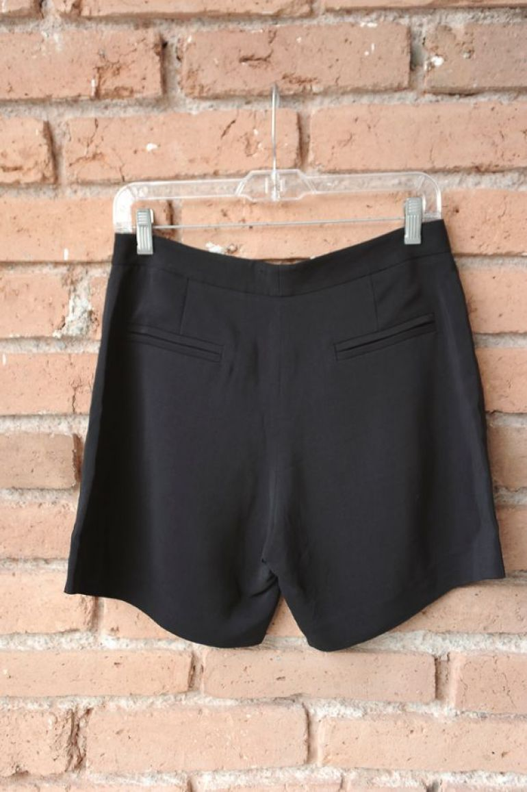 Shorts negros formales