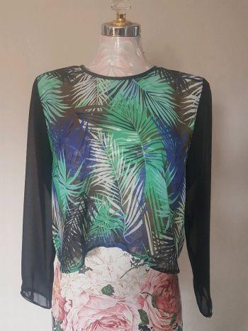 Blusa estampado tropical