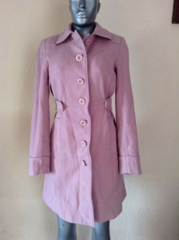 Abrigo de pana rosa