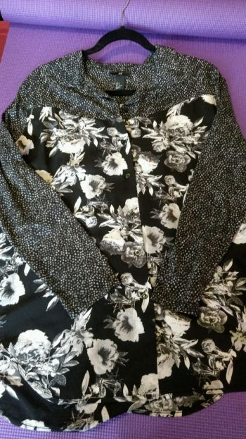 Camisa de flores al 2x1