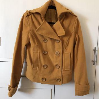 Abrigo corto C&A