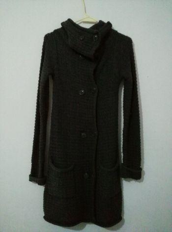 abrigo tejido gris Zara