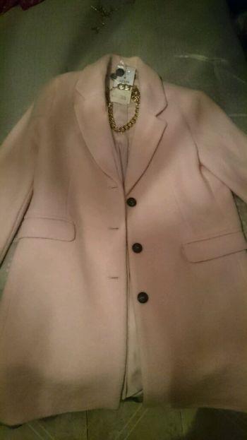Abrigo de moda nuevo