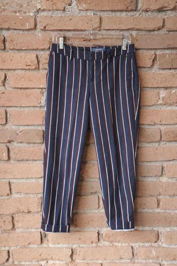 Pantalón formal de rayas