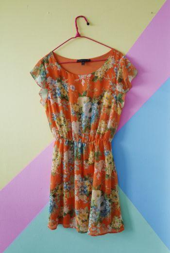 Vestido floral fresco