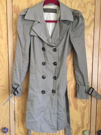 Abrigo Zara gris Trench coat