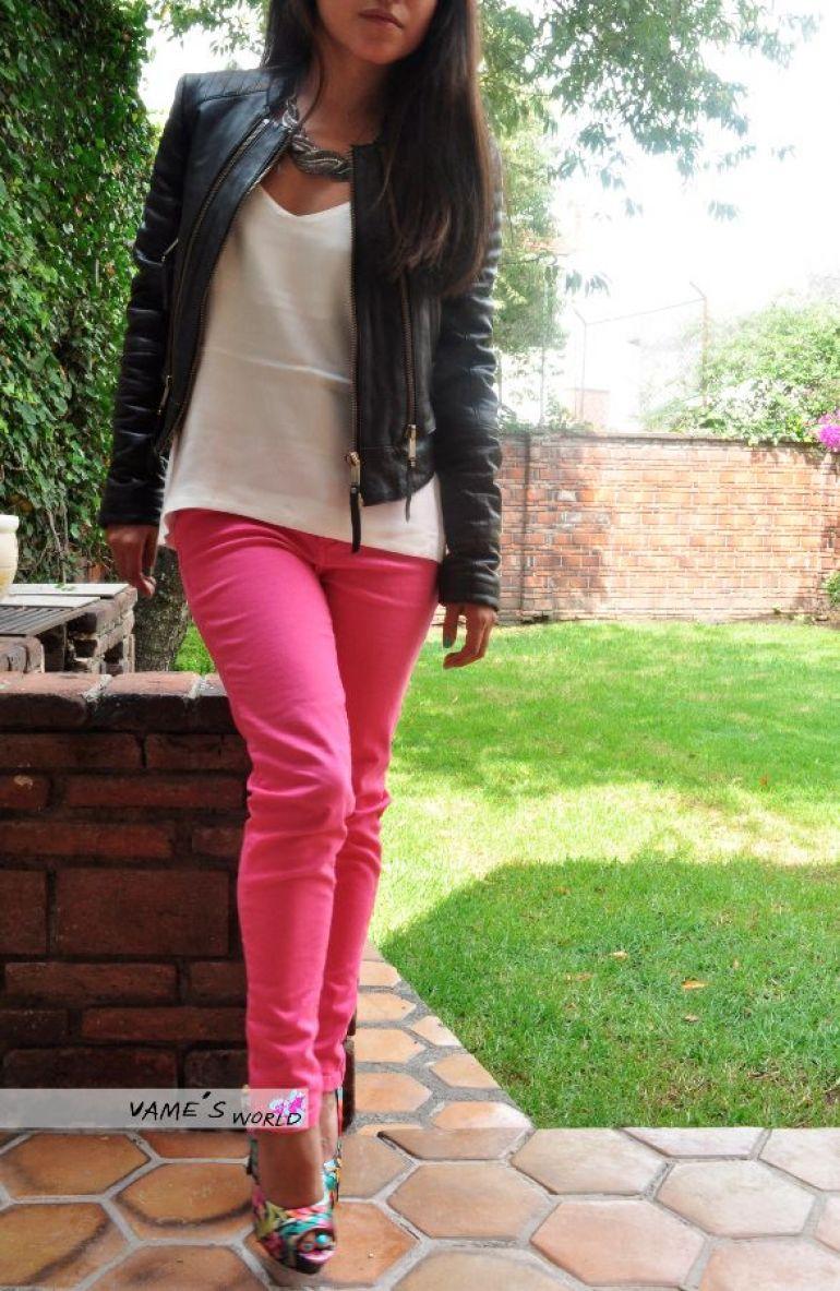 Pantalón Rosa a la cintura