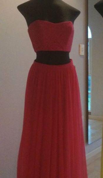 Vestido falda y crop top