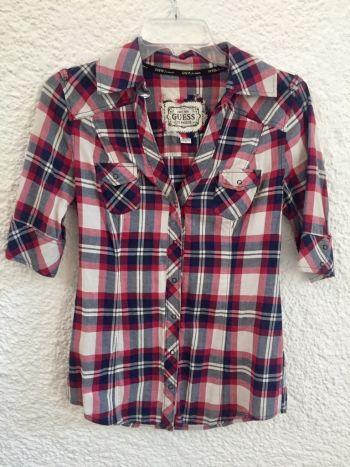 Camisa cuadros rojo, azul y blanco