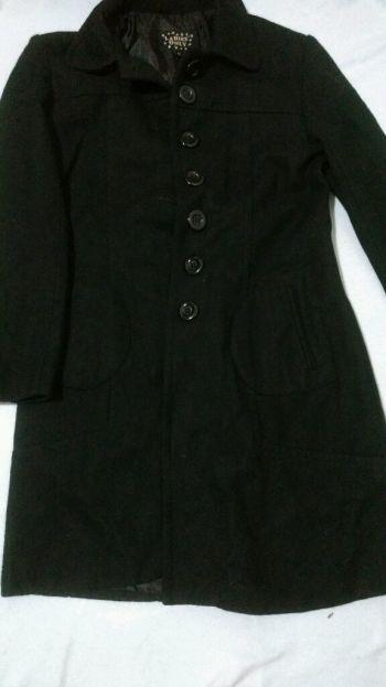 Abrigo de lana tipo gabardina