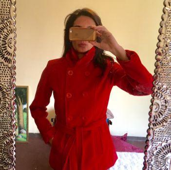 Abrigo rojo cuello haultier